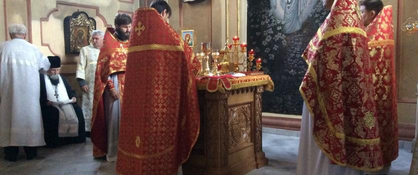 Богослужение в престольный праздник